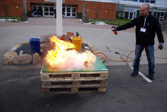 Pæn Billig pris på 112 brandslukker 400 ml spraydåse. Find her OU18